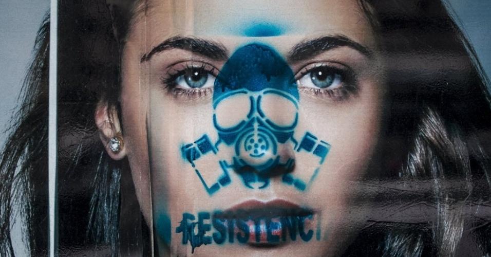 20.mar.2014 - Mensagem antigoverno é vista em anúncio no bairro de Chacao, em Caracas (Venezuela). A oposição venezuelana anunciou que continuará com os protestos contra o governo de Nicolás Maduro