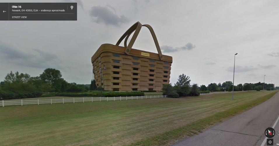 Um prédio em Ohio, nos Estados Unidos, tem o formato de uma bolsa. Repare que ele tem até as alças...