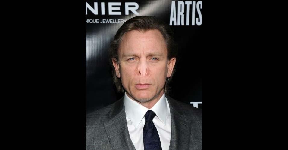 Na imagem, o ator Daniel Craig. O site Buzzfeed pegou o nariz do vilão Voldemort, da franquia 'Harry Potter', e colocou em diversas celebridades, usando o Photoshop