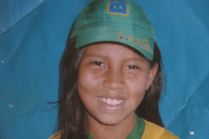 Taís Cristina Martins, 13, morta a pedradas por duas amigas em Foz de Iguaçu (PR)