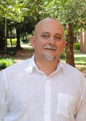 Claudemir Belintane é professor da Faculdade de Educação da USP