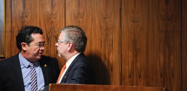 Aliados governistas, Vital do Rego (PMDB-PB), presidente da CPI mista, e Marco Maia (PT-RS), relator da comissão