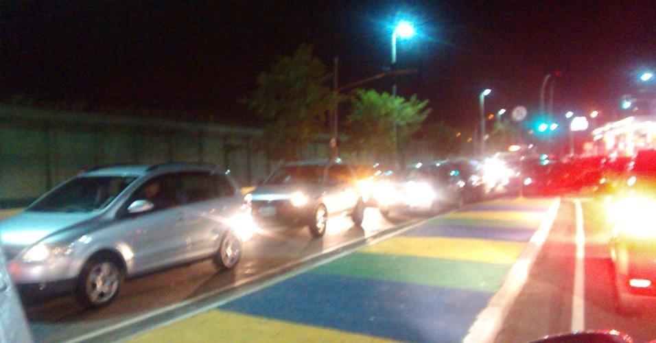 6.jun.2014 - A Radial Leste é uma das vias mais prejudicadas pela greve dos metroviários de São Paulo (SP)