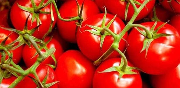 O licopeno, substância encontrada no tomate, ajudou a melhorar o alargamento dos vasos sanguíneos, segundo estudo da Universidade de Cambridge