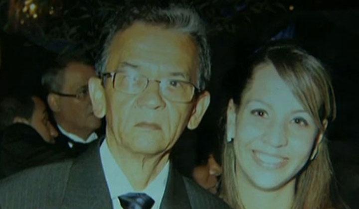 3.jun.2014 - O zelador Jezi Lopes Souza, 63, aparece nesta foto ao lado da filha Sheyla Viana. Ele foi visto pela última vez no dia 30 de maio no condomínio no qual trabalhava na zona norte de São Paulo