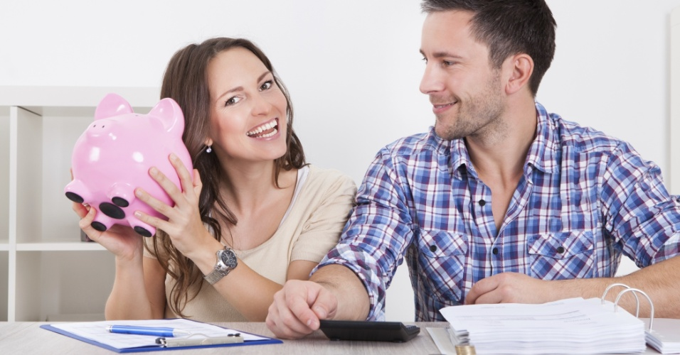 casal-economia-icone-poupanca-orcamento-financas-financas-pessoais-1402522599672_956x500.jpg