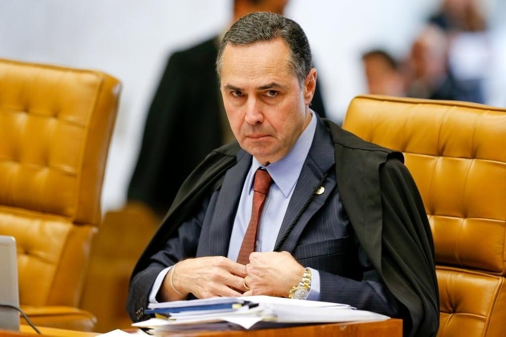 O vídeo desmonta a vigarice de Barroso