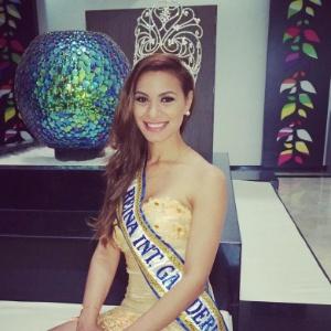 Road to Miss Brazil World 2016 - Goiás Won!! Taynara-gargantini-brasileira-que-foi-eleita-rainha-internacional-da-pecuaria-2014-1403560529176_300x300