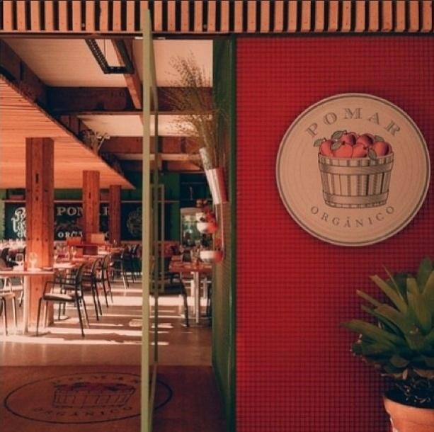 Giovanna Antonelli é sócia do restaurante de comida orgânica Pomar Orgânico, ao lado do também ator Reynaldo Gianecchini, da chef Andrea Henrique