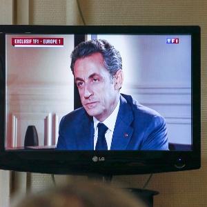 """Sarkozy concedeu nesta quarta-feira (2) uma entrevista exclusiva ao vivo à emissora """"TF1"""" e à rádio """"Europea 1"""""""