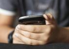 Ponto final em mensagens pode ser sinal de frieza. (Foto: Getty Images/iStockphoto)