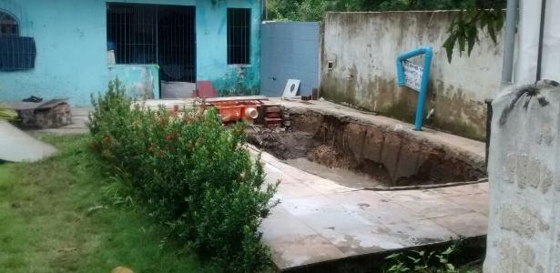 Ladrões roubaram piscina em casa na Ilha de Itaparica (BA)