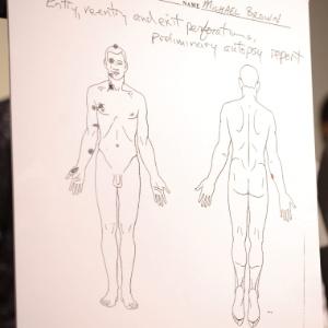 18.ago.2014 - Necropsia privada realizada no corpo de Michael Brown mostrou que o jovem de 18 anos levou seis tiros, dos quais dois na cabeça