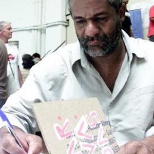 Sebastião Nicomedes diz que sempre gostou de ler