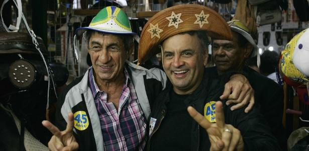 Aécio Neves tem o apoio do cantor cearense Fagner