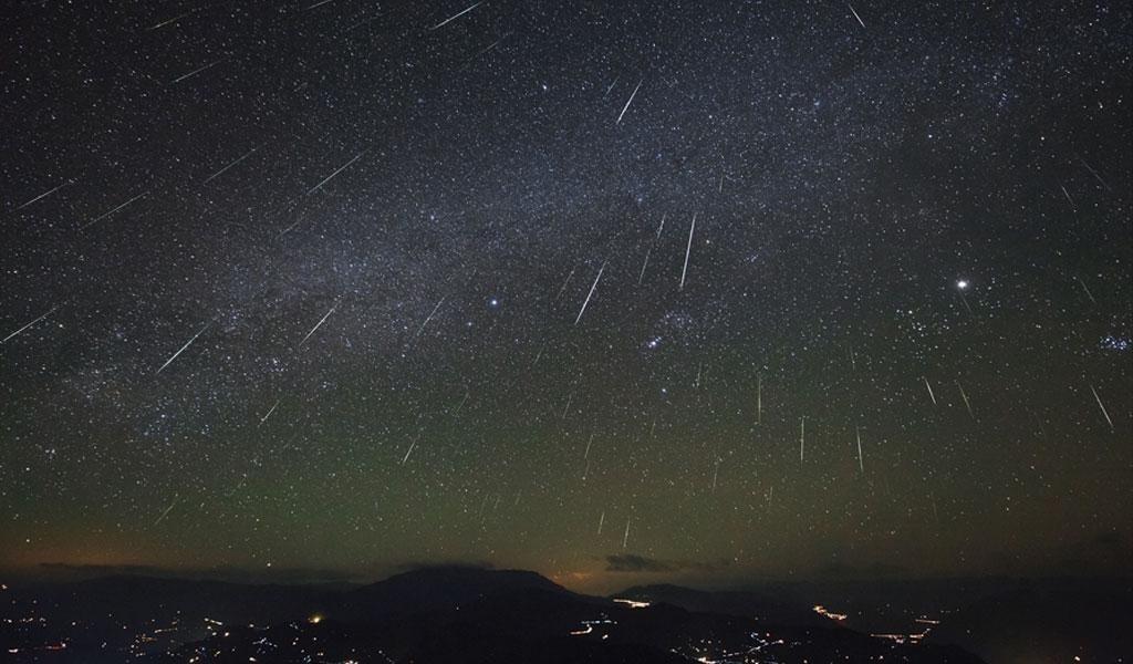 Chuva de meteoros Orionídeas: rastro de poeira deixado pelo cometa Halley