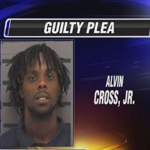 Alvin Cross Jr, da cidade de Albany (Geórgia), enviou e-mail para policial perguntando se ele tinha maconha