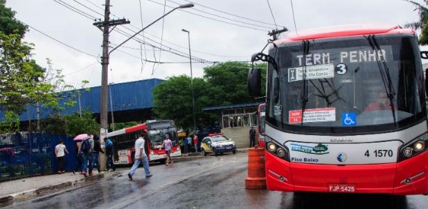 Ônibus sai do terminal São Mateus, na zona leste de São Paulo