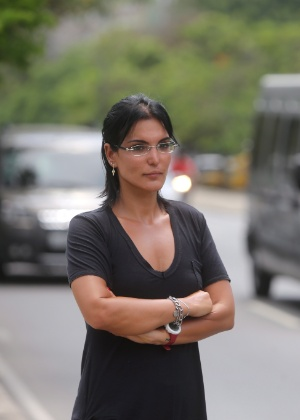 """Luciana Silva Tamburini foi condenada por dizer que """"juiz não é Deus"""" e afirmou que não se arrepende da abordagem"""