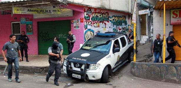 A ação da Policia Civil acontece na Rocinha, zona sul do Rio de Janeiro, entre outros pontos do Estado