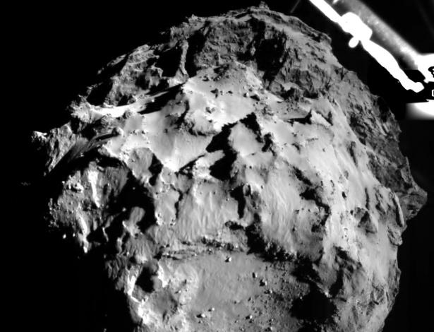 Imagem enviada pelo robô Philae mostra aproximação do cometa 67P, antes do pouso: missão histórica
