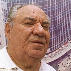 20.nov.2014 - Morre aos 91 anos Samuel Klein, fundador das Casas Bahia