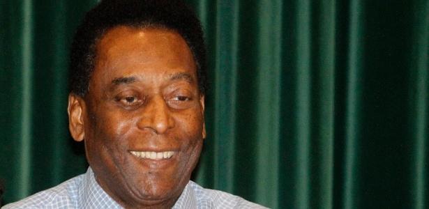 Santos deve cerca de R$ 2,3 milhões a empresa que administra a imagem de Pelé