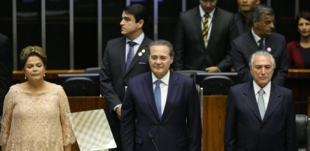 Dilma ao lado de Renan Calheiros (PMDB-AL) e Michel Temer (PMDB-SP) durante sua posse em janeiro