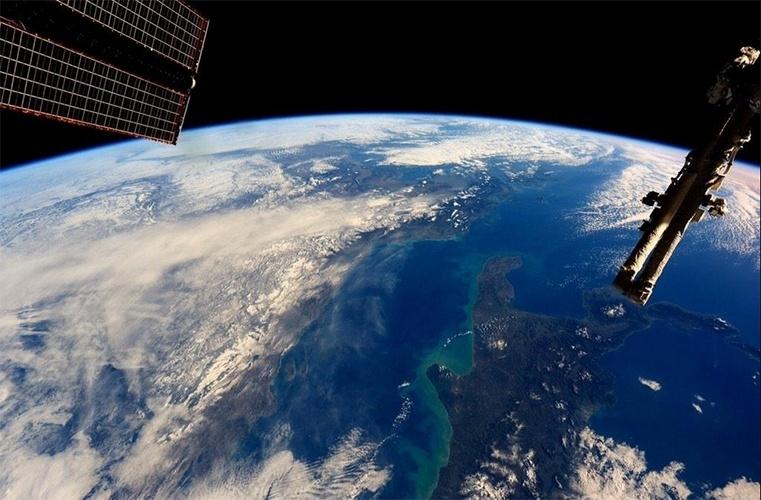 """12.jan.2015 - O astronauta Barry Eugene """"Butch"""" Wilmore fotografou a Grécia e sua capital Atenas da Estação Espacial Internacional (ISS, na sigla em inglês), isto é, diretamente do espaço"""