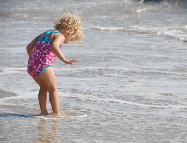 O mar contém aproximadamente 50 trilhões de toneladas de sal, segundo os cientistas