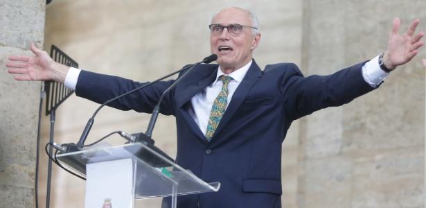 Eduardo Suplicy ao tomar posse como secretário municipal de Direitos Humanos em SP