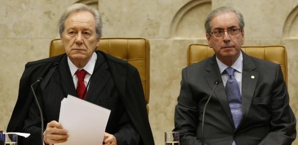 Eduardo Cunha (dir.) participa da abertura do ano judiciário no STF em 2015, ao lado de Ricardo Lewandowski