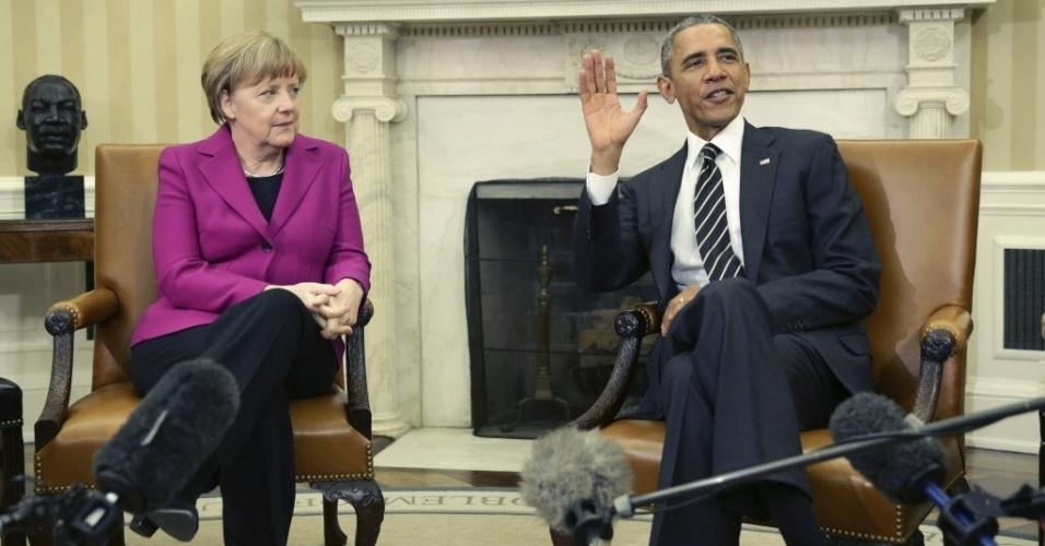 9.fev.2015 - O presidente dos Estados Unidos, Barack Obama, se reúne com a chanceler alemã, Angela Merkel, na Casa Branca, em Washington, nesta segunda-feira (9), para discutir a crise na Ucrânia e a luta contra o EI (Estado Islâmico)