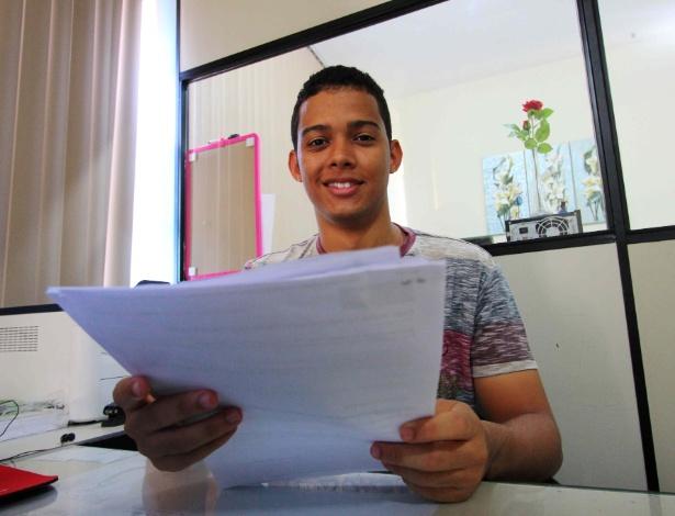 Wester Silva Vieira, 19, foi aluno de escola pública, estudou sozinho e passou em quatro faculdades públicas de medicina
