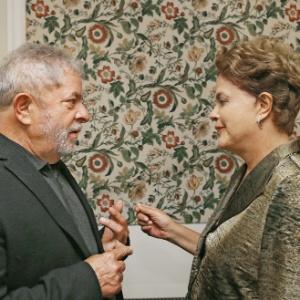 Lula se reuniu com Dilma por cinco horas para discutir a reforma ministerial
