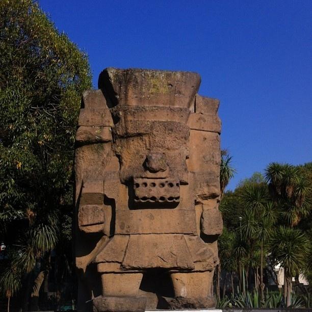 23.fev.2015 - Tlaloc - Na mitologia asteca, é o deus da chuva, com direito a criar relâmpagos e trovões. Pode vir, Tlaloc, traga o pacote completo! Chuvas, relâmpagos, trovões, garoas, borrascas?