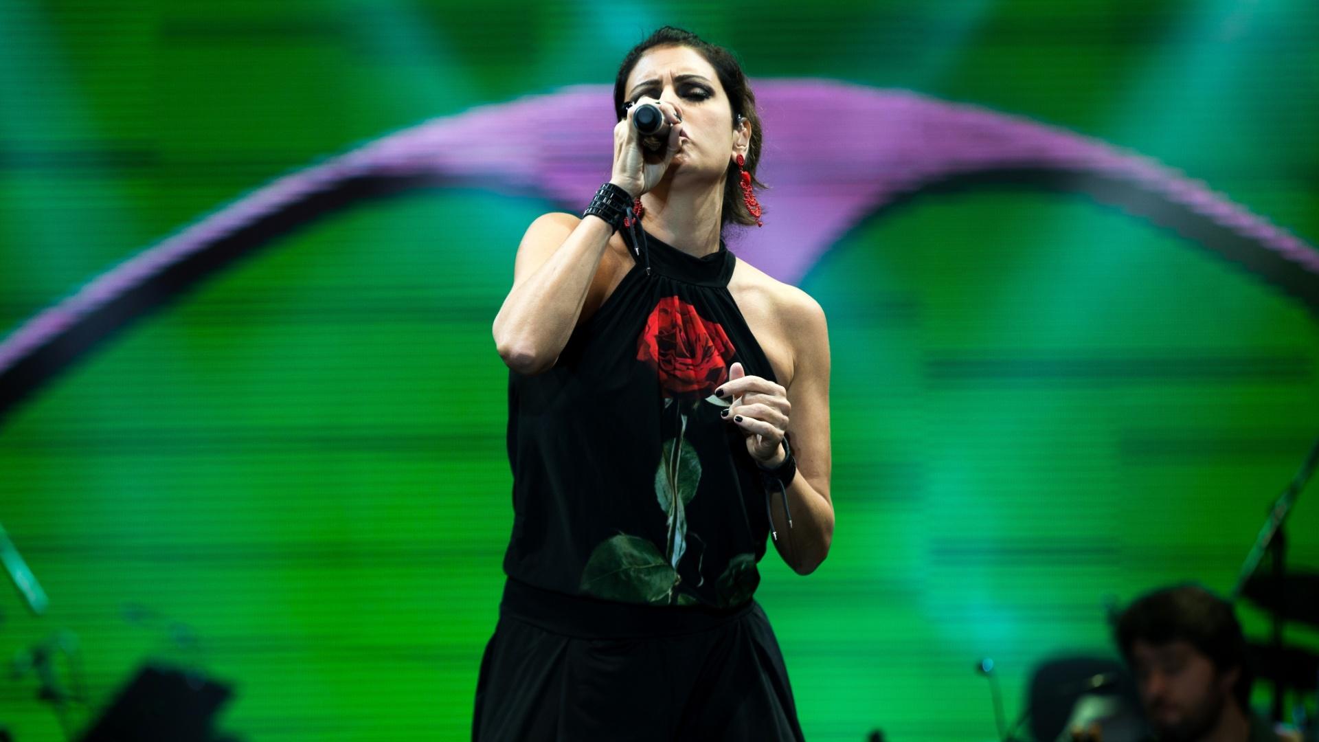28.fev.2015 - Fernanda Abreu canta um de seus maiores sucessos