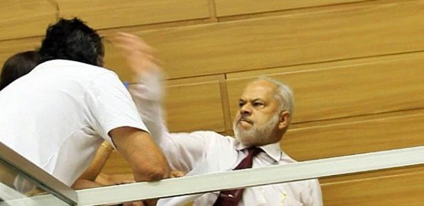 Em março, o vereador Luiz Vergara (PSB) agrediu eleitor na Câmara de Franca (SP)
