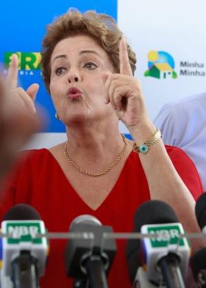 A presidente Dilma Rousseff durante entrega casas do programa Minha Casa, Minha Vida em Araguari (MG) em 2015