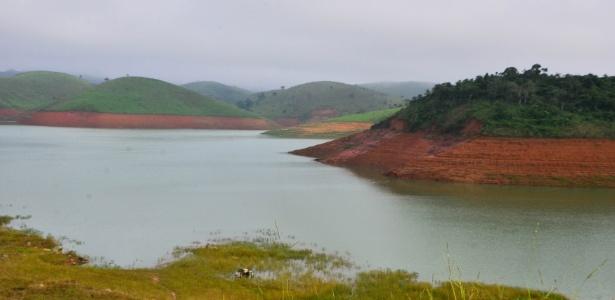 Represa do Jaguari em Jacareí, no Vale do Paraíba, integra o sistema Cantareira, que subiu 0,4 ponto percentual, alcançando 15%