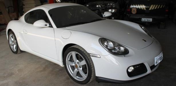 Porsche modelo Cayman 2010/2011 foi leiloado e arrematado por R$ 206 mil; o lance inicial era R$ 200 mil