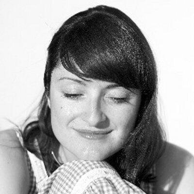 24.mar.2015 - A editora de vídeo Marina Bandres está entre as vítimas do vôo. Ela voltava de um funeral de um membro de sua família com filho de sete meses
