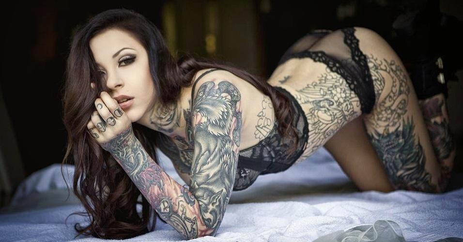 30.mar.2015 - A modelo Miss Blackwater está entre as mais procuradas no circuito de convenções internacionais de tatuagem. Ela foi um dos destaques da Convenção Internacional de Tatuagem de Frankfurt, na Alemanha