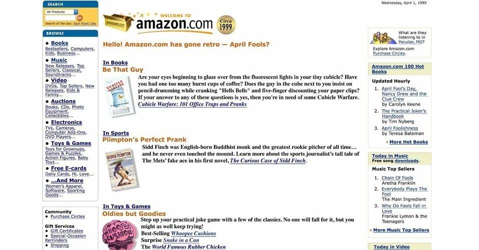 2015 - A varejista norte-americana Amazon mudou sua página inicial. Ao acessá-la, é exibido o leiaute de 1999 da página. Após dar um clique em qualquer item, ela volta ao normal