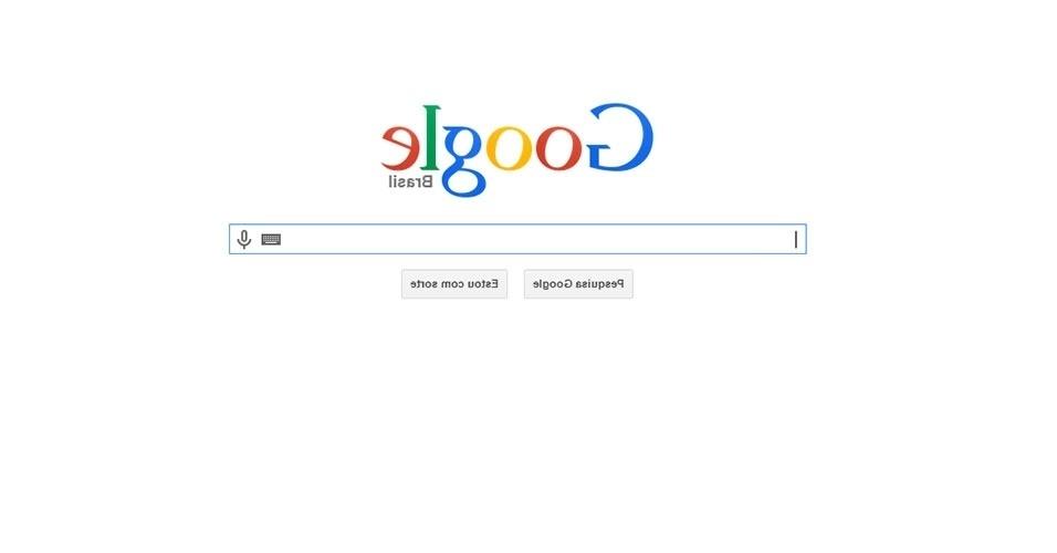2015 - Durante o 1º de abril, o Google disponibilizou uma versão de sua página com todos os caracteres ao contrário. Para acessá-la, digite no navegador com.google. Qualquer resultado da busca aparece com todas as letras ao contrário