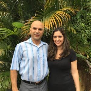 O engenheiro de computação Fábio Lae de Souza e a mulher Carolina Saliby são os responsáveis pelo site Clique da Esperança