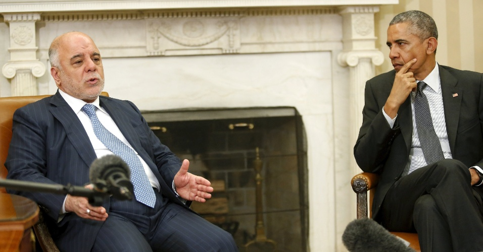 14.abr.2014 - O primeiro-ministro do Iraque, Haider Al-Abadi, ao lado de Barack Obama durante encontro dos líderes na Casa Branca
