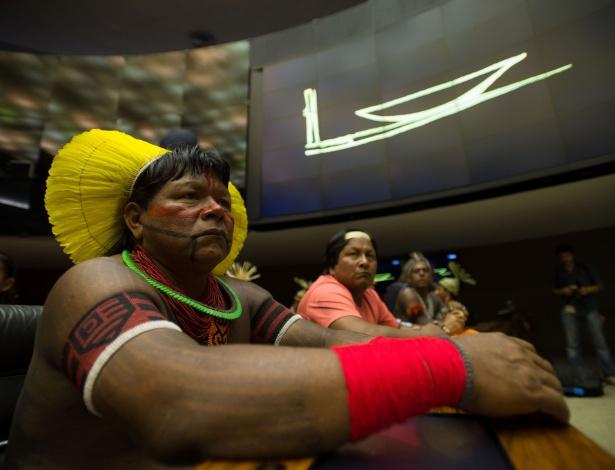 Indígenas participam de sessão solene na Câmara dos Deputados em homenagem ao Dia do Índio