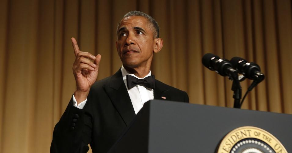 25.abr.2015 - O presidente dos EUA. Barack Obama, discursa durante jantar cerimonial com a Associação de Correspondentes da Casa Branca, em Washington (EUA), na noite deste sábado (25)