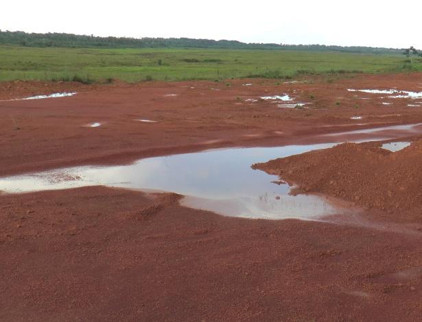 Parte da área que foi aterrada para construção de uma refinaria da Petrobras no Maranhão